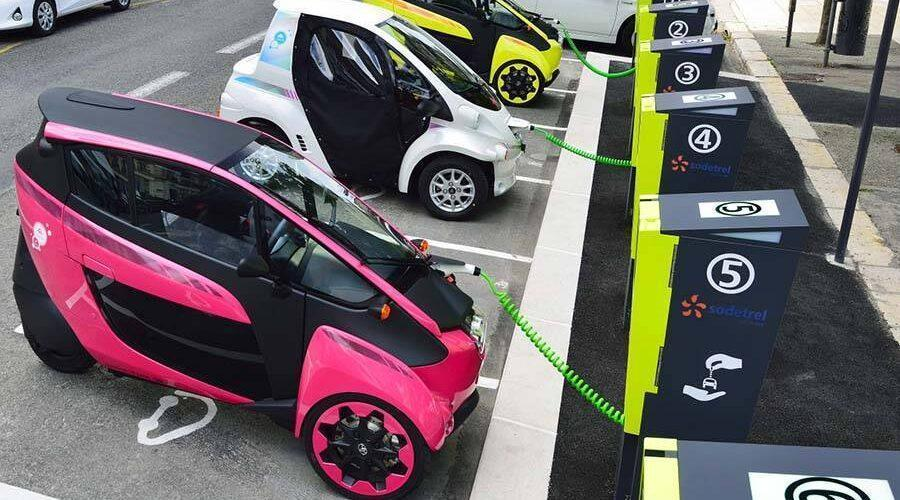 Электромобили станут дешевле бензиновых